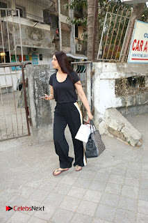 Bollywood Actress Sonali Bendre Spotted in Tracksuit at Spa  0004.jpg