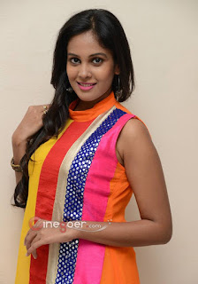 Lovely Women Photo, Sweet Girls Pic, Charming South Indian Girls Pic