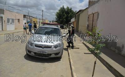 IPUBI-PE: Polícia Militar localiza veículo roubado sem as rodas e o motor
