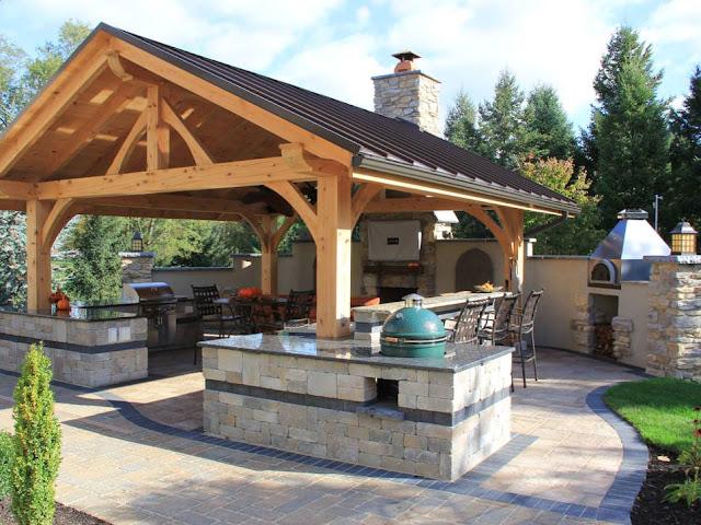 مظلات حدائق خشبية بخصم Outdoor-living-room-