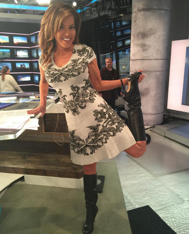 Sexy pictures of robin meade