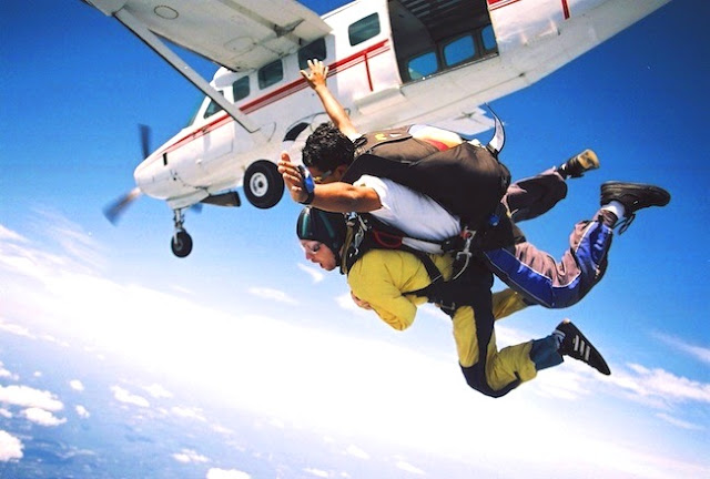 Sky Diving on Honeymoon