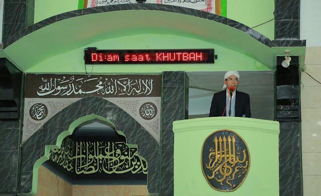 TGB Tokoh Kedua Setelah Pak Harto Kunjungi Masjid Di PT. Freeport