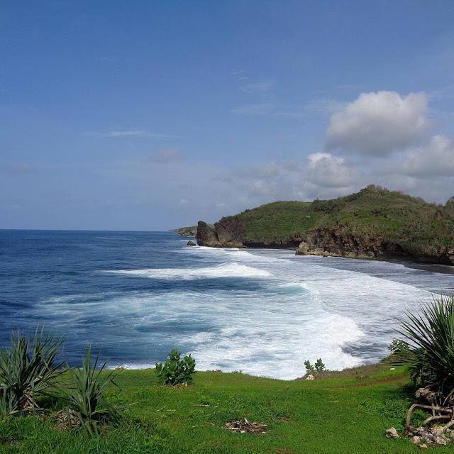 Tempat wisata pantai widodaren gunungkidul yogyakarta | htm | lokasi dan alamat