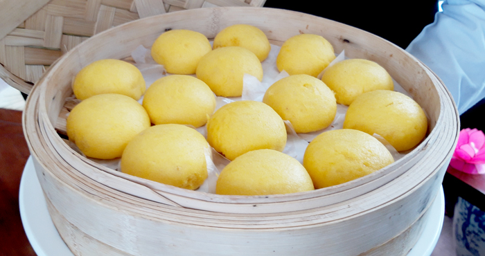 Lotus Paste Bun with Salted Egg