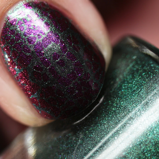 Moonflower Polish Sirena stamped over Selene using Hehe 39