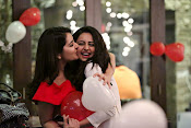rashi khanna birthday party photos-thumbnail-7