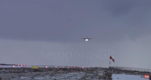 ΚΟΒΕΙ ΤΗΝ ΑΝΑΣΑ: Αεροπλάνο δίνει μάχη με τους ανέμους στην Κάλυμνο! (ΒΙΝΤΕΟ)