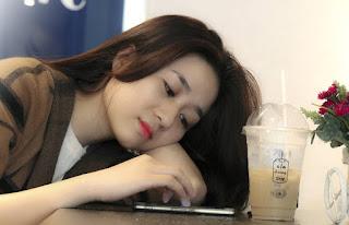 phụ nữ dễ thương - em Lê Khoa - www.viethoangit.com