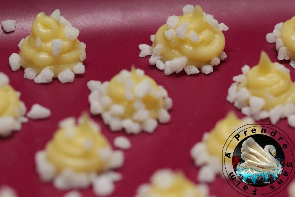Chouquettes au sucre perlé (pas à pas en photos)