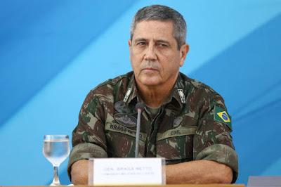 Nomeado interventor no Rio vê ação militar com 'reserva'