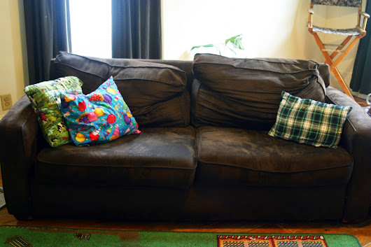 How to Make an Old Couch New Again!