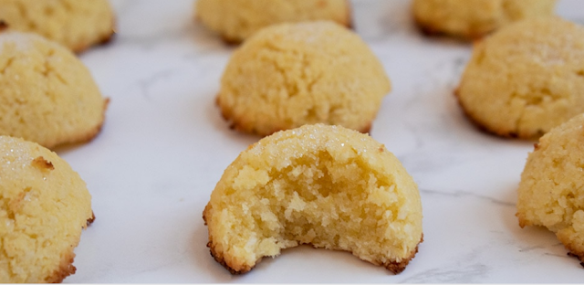Keto + Low Carb Sugar Cookie Macaroons Recipes