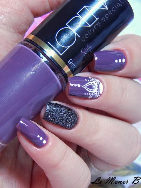 nail-art-com-roxo