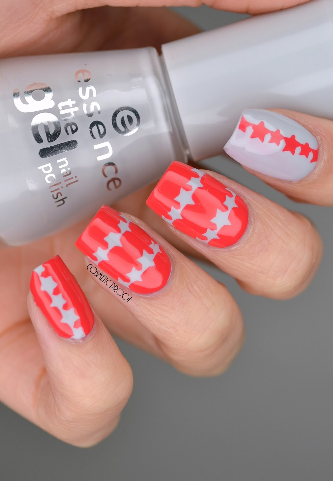 NAILS | Coral with a Touch of Grey #ManiMonday | Cosmetic