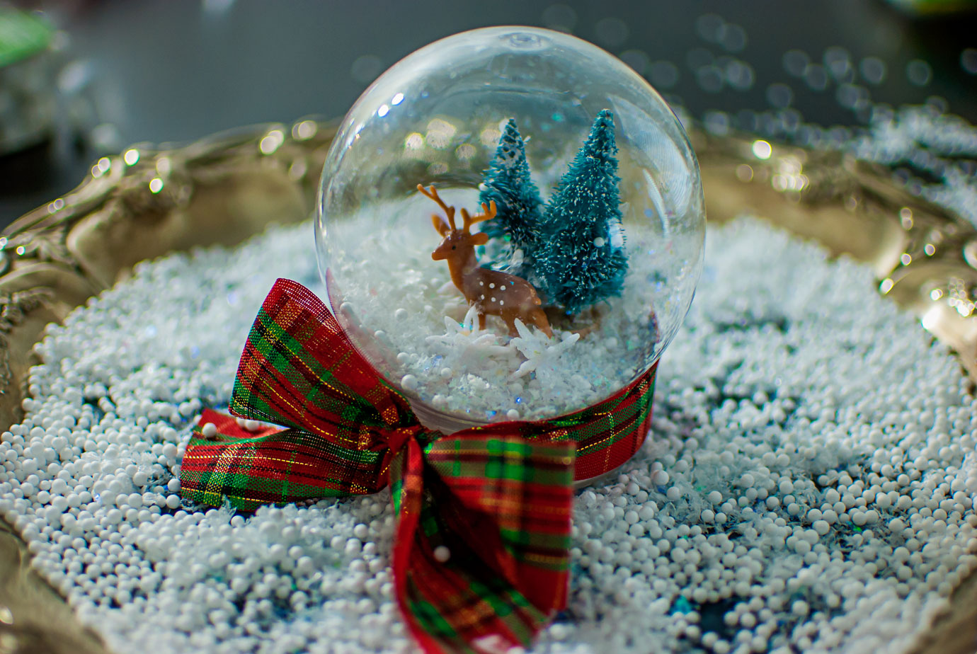 White Christmas Inspired Snow Globe DIY A Kid Friendly Holiday Craft #ChristmasMoviesHop #SnowGlobe