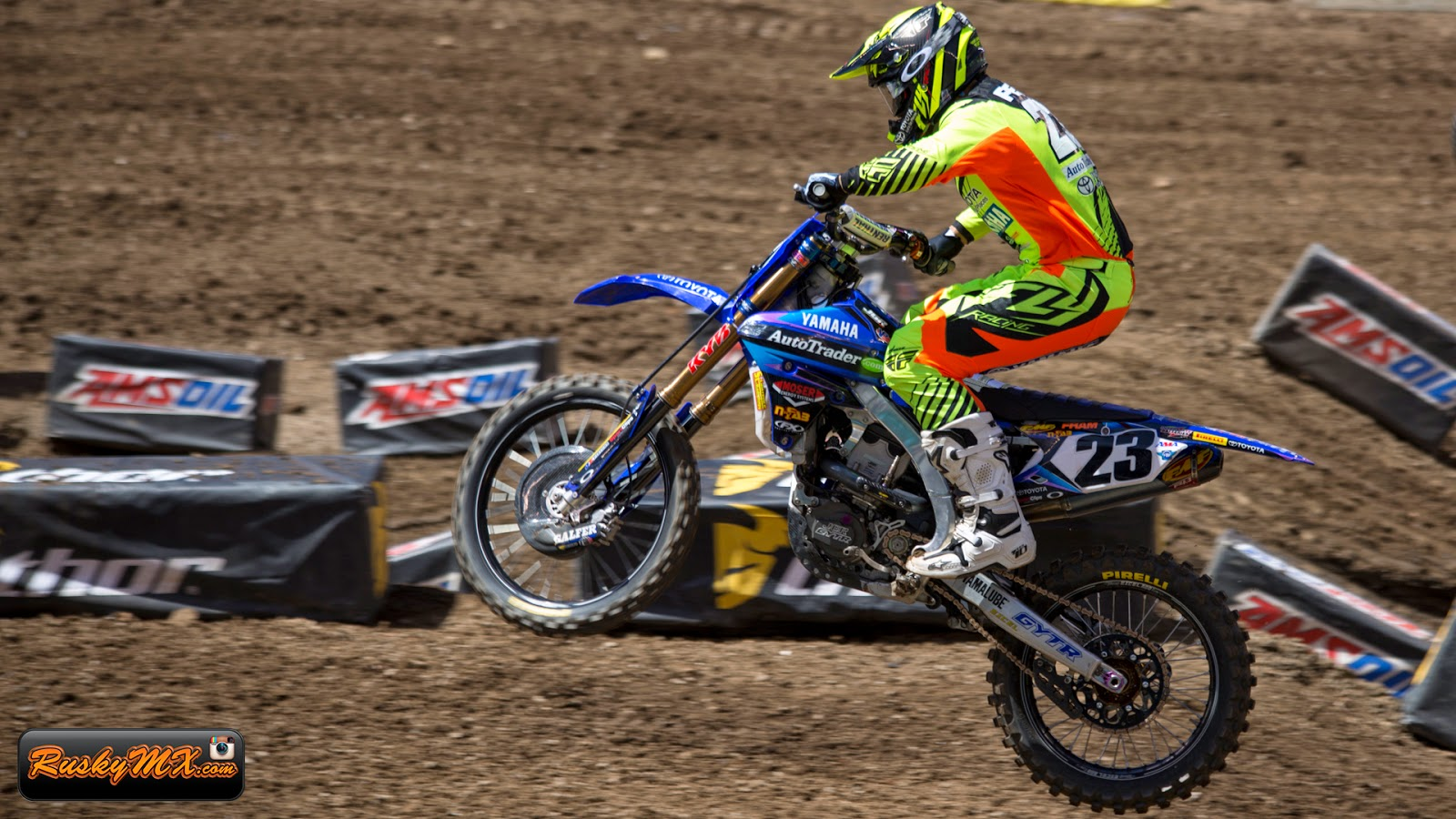 Weston Peick Wallpaper MetLife SX