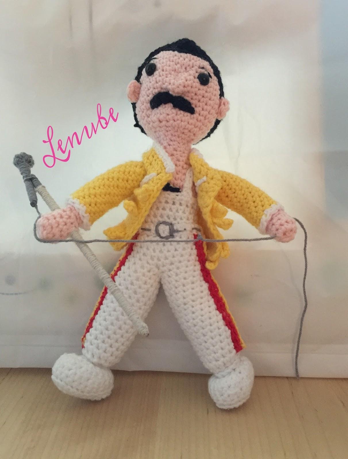 patrón amigurumi Freddie Mercury
