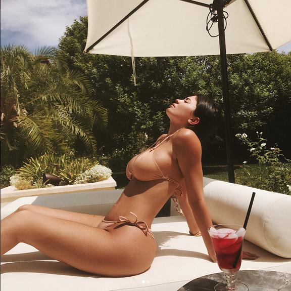 Kelly-Jenner-sexy-photo-3