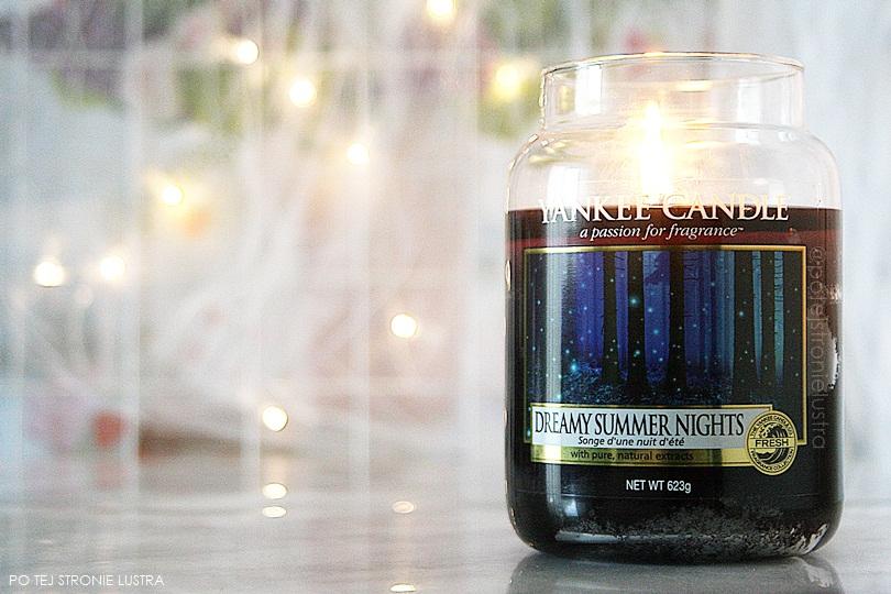 basen w świecy zapachowej yankee candle dreamy summer nights