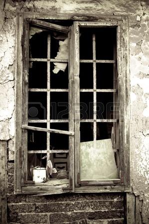 Il deterioramento dei valori universali - Teoria delle finestre rotte sociologia ...