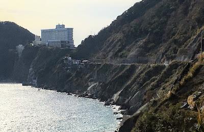 浜当目トンネル旧道