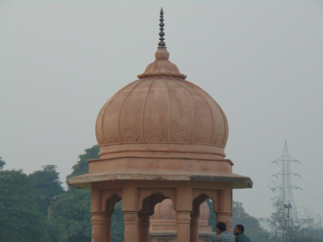 gomti river monuments