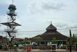 Download Makalah Sejarah Peradaban Islam (Masuknya Islam Di Nusantara)