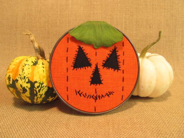 https://4.bp.blogspot.com/-TNiTrUZF2h4/WAABDv8SVMI/AAAAAAAAE0g/ZhqoCc4f1q0s1nbuoNQzG2A9R_5vC6a8gCLcB/s640/pumpkin-hoop-art3.jpg