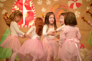 """""""Ο Άη - Βασίλης και τα αληθινά δώρα που ζητάνε τα παιδιά"""""""