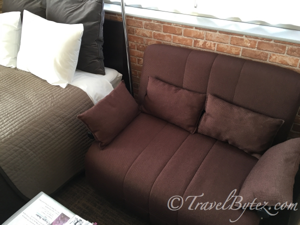Japan AirBnB Tokyo Accommodation in Shibuya: Encounter with a Dirty Apartment