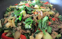 Stir fry - onions, celery, chicken, spinach, red pepper, mushrooms