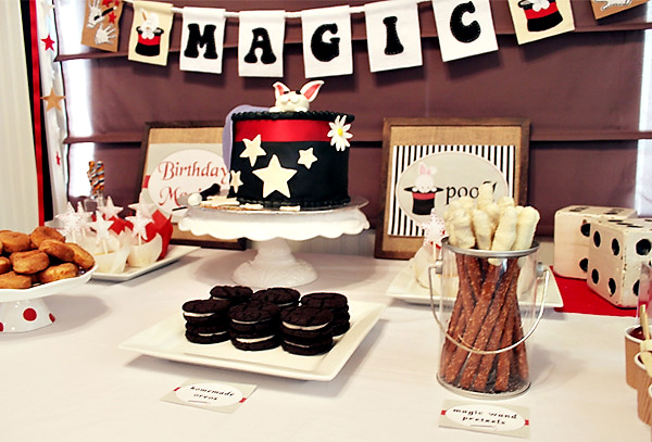 Magic Show Birthday Cakes