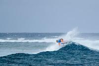 32 Carissa Moore 2017 Outerknown Fiji Womens Pro foto WSL Ed Sloane
