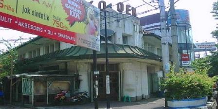 Toko Oen, Tempat Wisata Kuliner Yang Identik Dengan Kuliner Semarang Tempo Doeloe