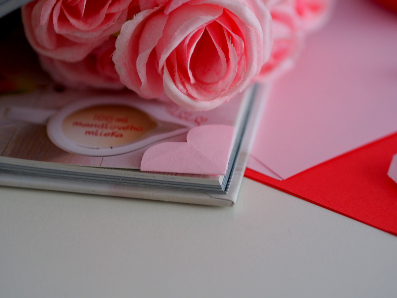 DIY: valentínska záložka do knihy