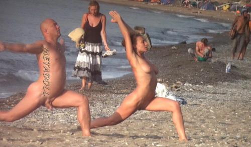BeachHunters 18639-18758 (Nude People Over the Beach - Hidden Beach, Nudism, Topless)