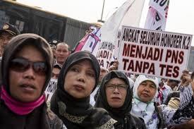 Kabar Gembira-Guru Honorer Akan Diangkat Menjadi PNS Secara Bertahap Mulai Tahun 2016-2019