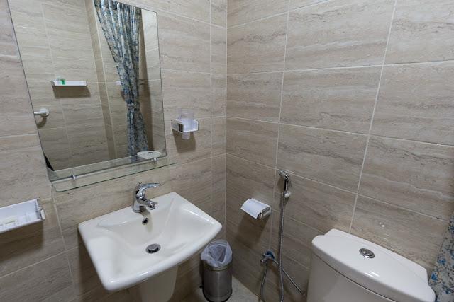 Baño de la habitación del hotel 7boys en Amman, Jordania