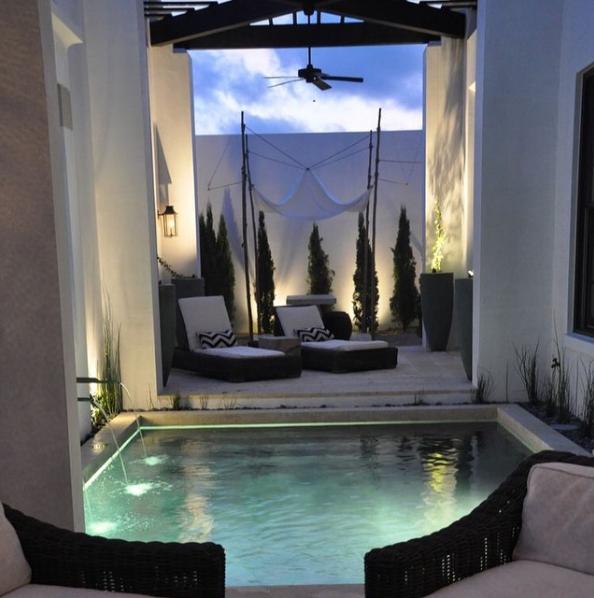 101 planos de casas 10 piscinas interiores para inspirarse for Piscinas interiores pequenas
