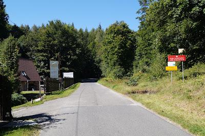 Batorów wejście do Parku Narodowego Gór Stołowych