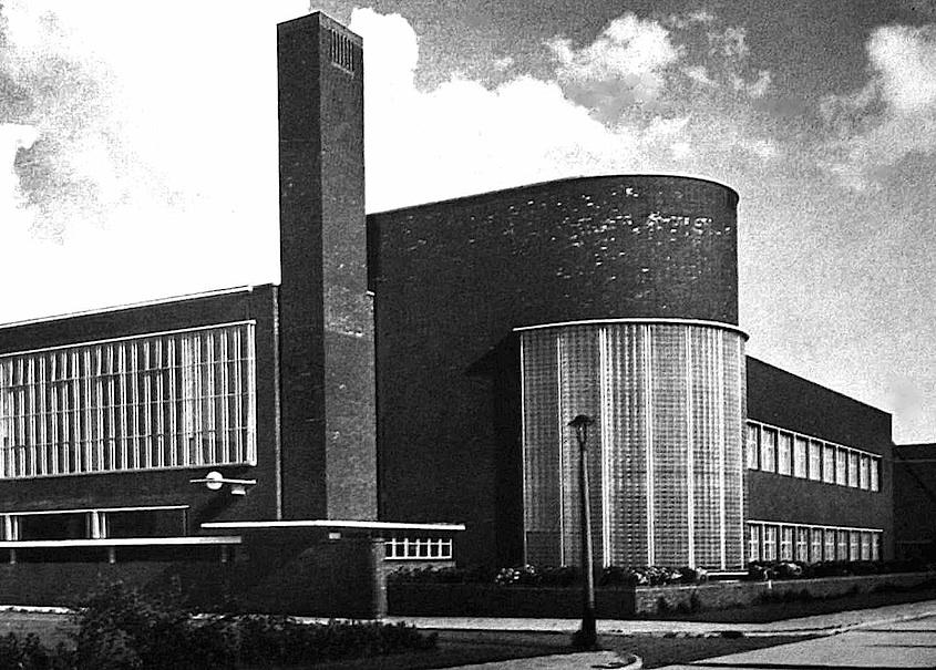 1938 glass block Dutch school photograph