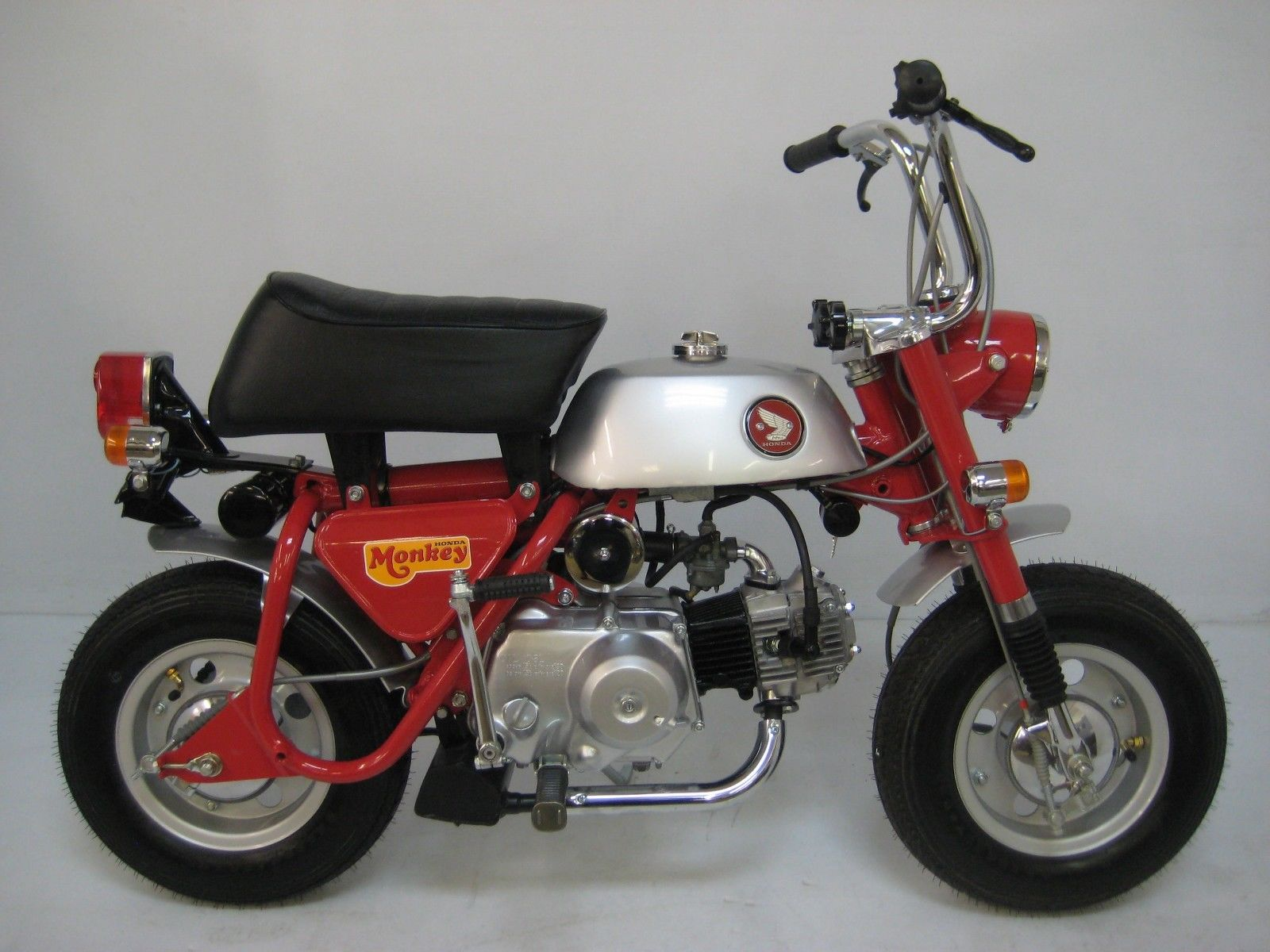 Jdm Honda Line 1969 Brochure Automotive Motorcycle 1971 50cc Dirt Bike Our Next Ad Is From 1973 And Features Mini Bikes Trail