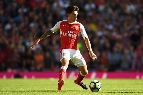 Hector Bellerin là tài sản vô giá của Arsenal