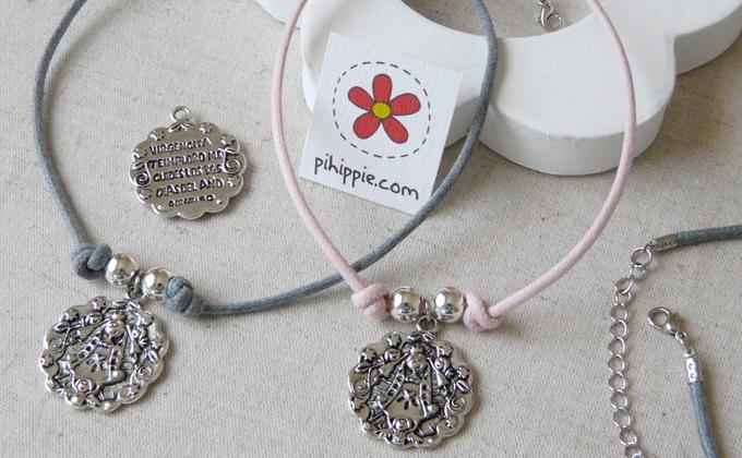 Regalos Comuniones collar gragantilla colores medalla Virgencita original