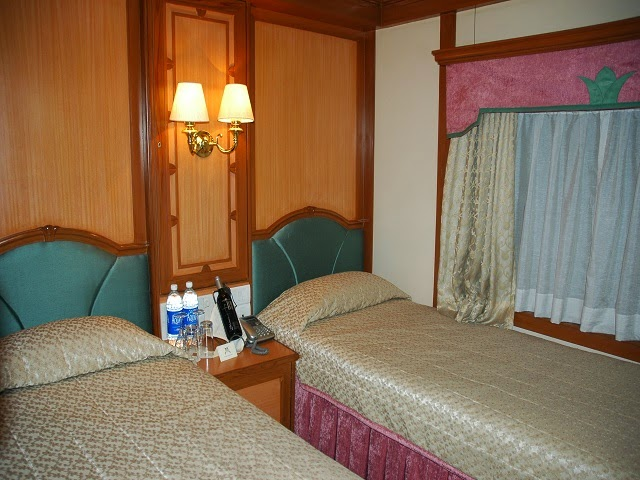 Deluxe Twin Bed Cabin on board Deccan Odyssey