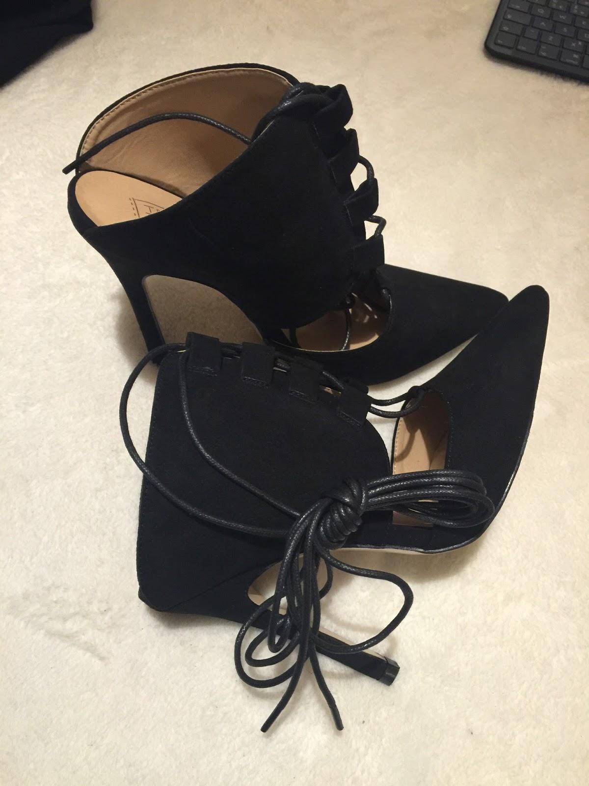 publicdesire Ivette High Heels In Black Faux Suede