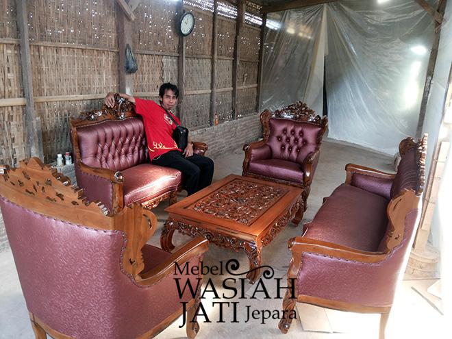 Tipe Pemesan Furniture di Toko Mebel Wasiah Jati Jepara