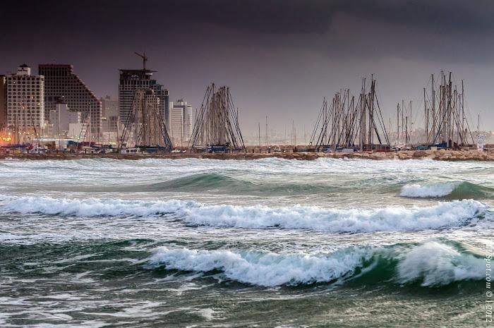 Tel Aviv Sunset Storm 018a Hilton Beach: The Storming Sea Tel Aviv Photos Art Images Pictures TLVSpot.com