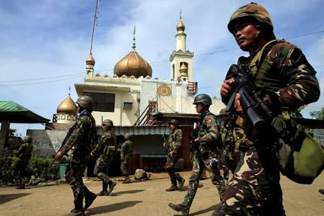 martial law was extended in Mindanao until 2018